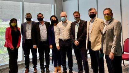 CON LARRETA. El encuentro con el alcalde porteño fue antes de Macri, pero publicaron 'respetando' el orden de prioridades para Córdoba.