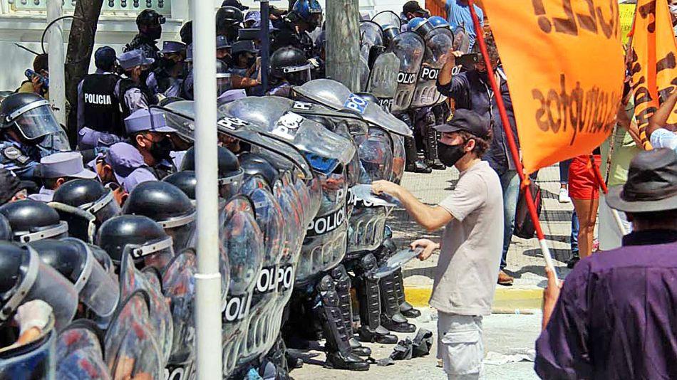 20210313_policia_marcha_protesta_cedoc_g