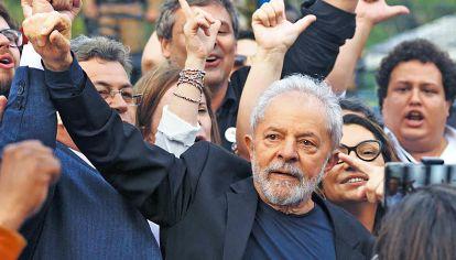 Lula. Representó la esperanza de un cambio y una ruptura con la política tradicional.
