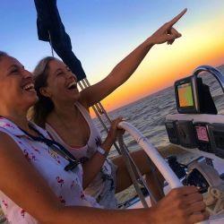 Cada vez que salían a navegar se sentian libres de todo.