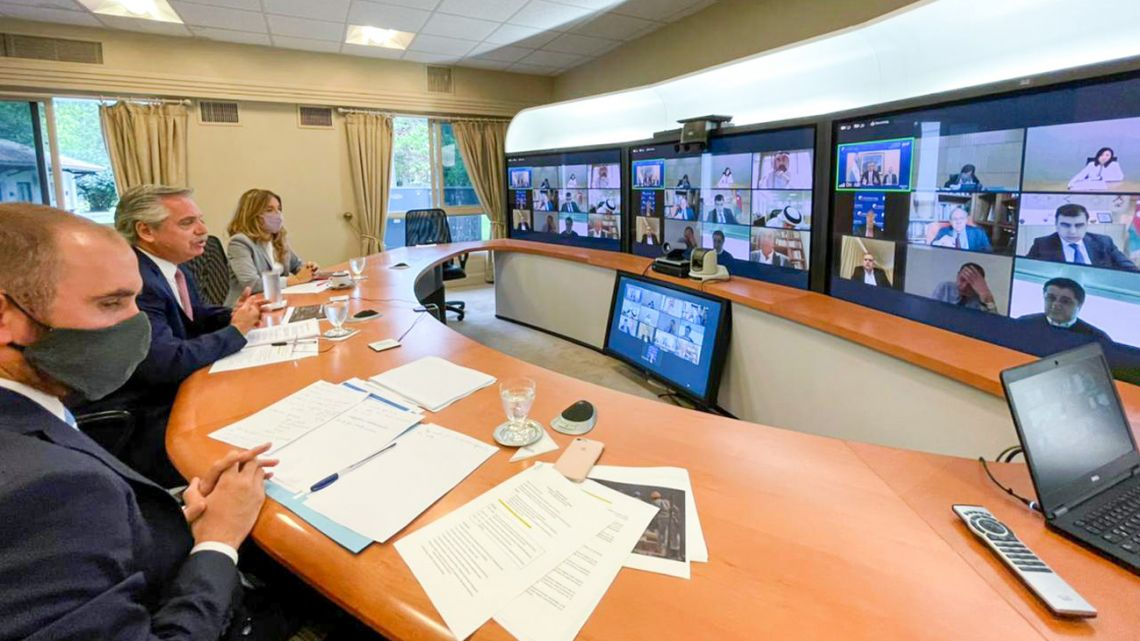 President Alberto Fernández holds a videoconference meeting with representatives from global investment funds.