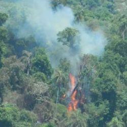 Los focos de incendio tienen en vilo a los pobladores y autoridades provinciales.