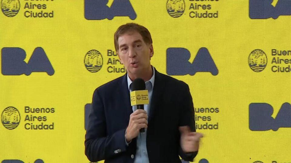 conferencia de prensa de Diego Santilli por el caso Maia 20210317