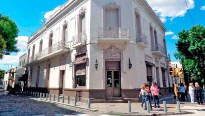 "Bar histórico ""La Flor de Barracas"""