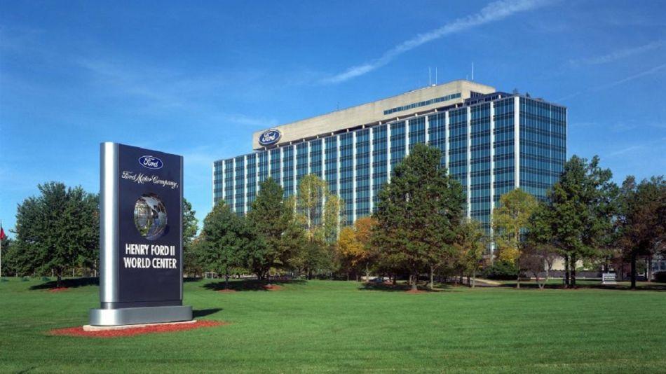 Edificio central compañía Ford Motor