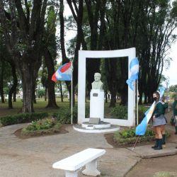 Una plaza gualeya recuerda a su fundador, Tomás de Rocamora.