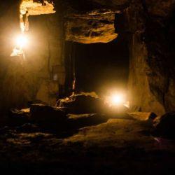 Los 15 voluntarios deben permanecer durante 40 dìas en el interior de una cueva oscura.