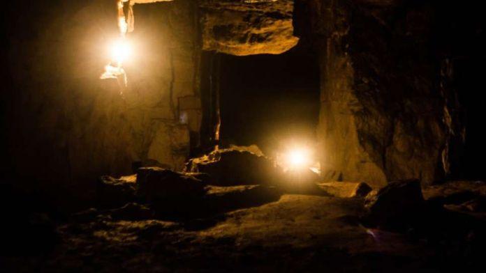 15 personas se encierran en una cueva para averiguar cómo funciona el  cerebro humano - Weekend