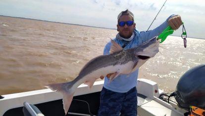 Para este tipo de pesca debemos llevar cañas de entre 14 y 25 lb.
