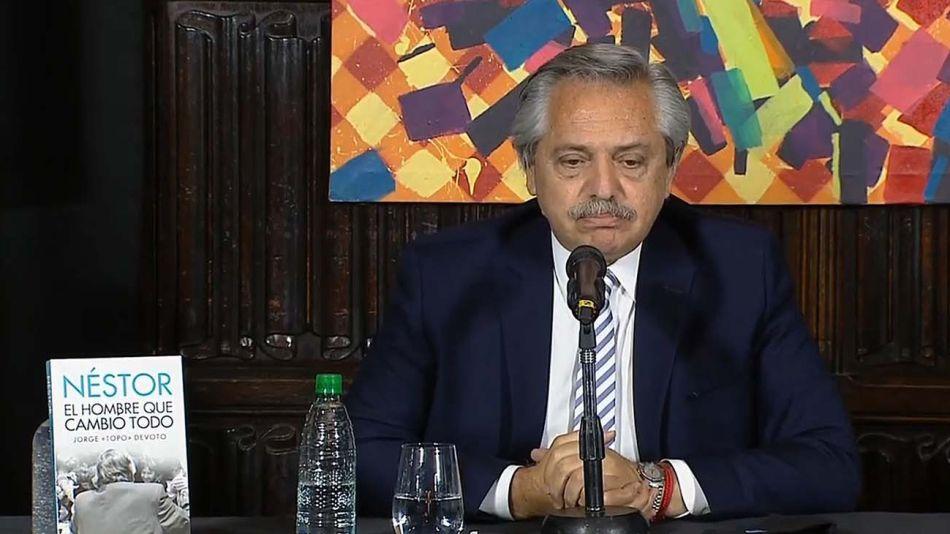El presidente Alberto Fernández. Capitulación definitiva o retirada estratégica, se verá.