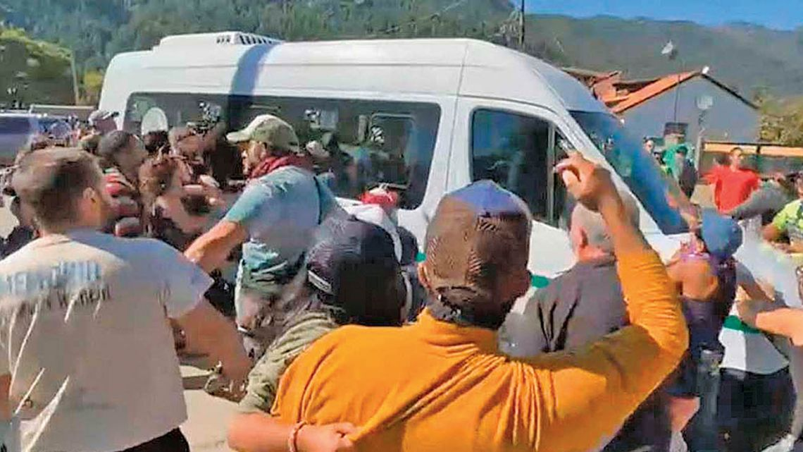 The attack against Fernandez in Lago Puelo.