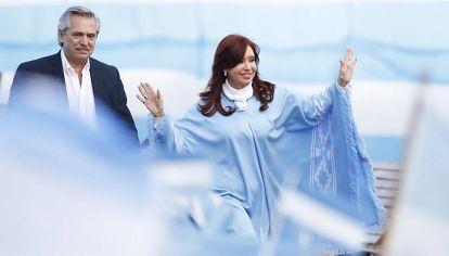 Gobierno F. La realidad es que Cristina coconduce, o directamente conduce, temas de la Justicia.