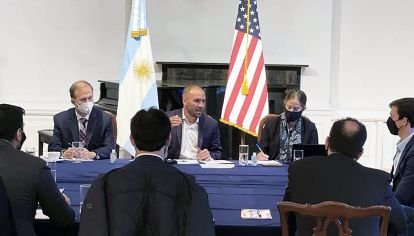 Consulado. El ministro de Economía dialogó en Nueva York con representantes de los fondos Greylock, Monarch y Fintech.