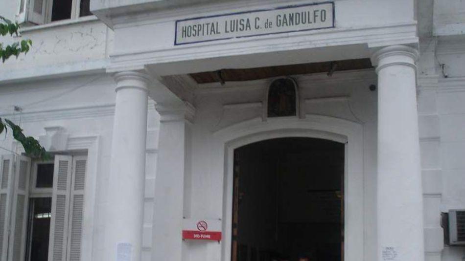 El Hospital Gandulfo, en Lomas de Zamora, donde quedó internado el hombre quemado por su madre.