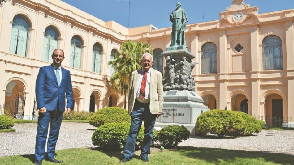 Velez Funes y López Peña