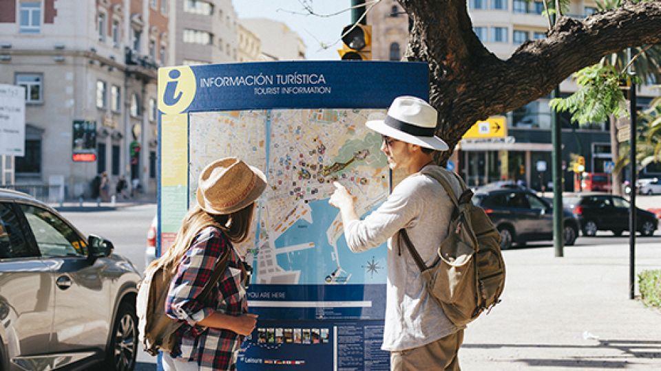 TURISMO. En el sector, las actividades más afectadas por la crisis económica son agencias de viaje y la hotelería.