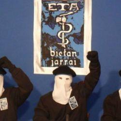 Creada en 1959 durante la dictadura de Francisco Franco, ETA tiene un historial de atentados con bomba y asesinatos que dejó 829 muertos.