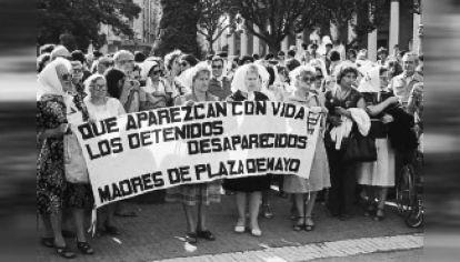 Madres. Reconocidas por las femnistas de hoy.