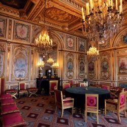 La fotografía muestra una vista de la Sala del Consejo en el Castillo de Fontainebleau (al sur de París). - Francia marcará el 5 de mayo de 2021, el bicentenario de la muerte de Napoleón I.   Foto:Thomas Coex / AFP