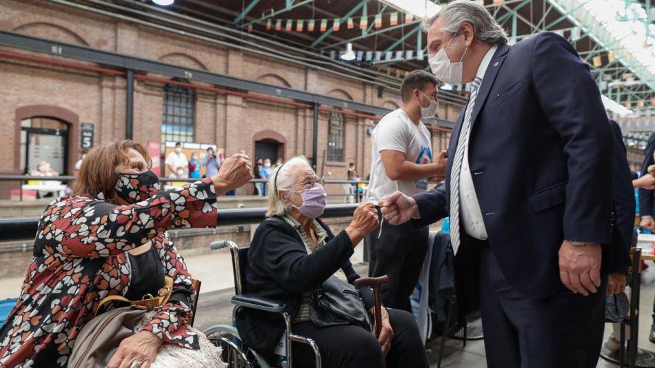 Alberto Fernández en acto en Lanús 20210322