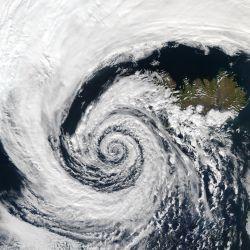 Se celebra el 23 de marzo por ser la fecha en la que en 1950 se creó la Organización Mundial de la Meteorología (OMM),
