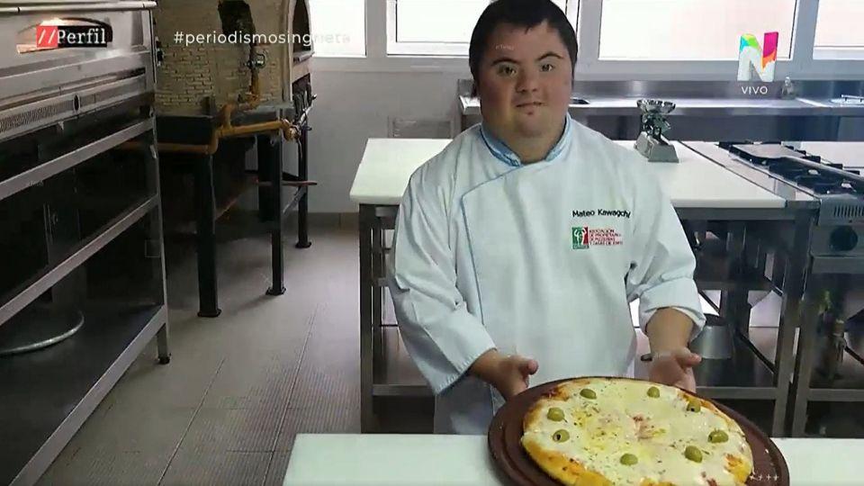 Mateo Kawaguchi, el pizzero con síndrome de down