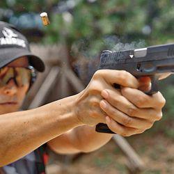 Su velocidad de disparo –gracias a un corto reset y al disparador–, la hace más que apta para disciplinas de tiro dinámicas.