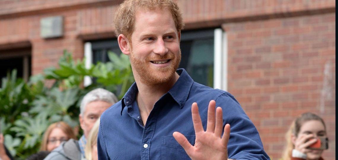 """El príncipe Harry se acerca cada vez más al """"american dream"""": ya tiene dos trabajos"""