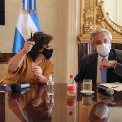 Alberto Fernández junto a Carla Vizzotti