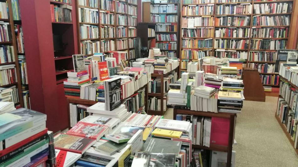 Caida venta libros