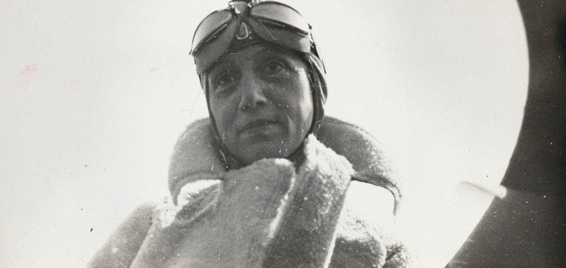 Conocé a Adrienne Bolland: la francesa que cruzó hace un siglo los Andes en avión
