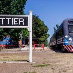 El tren a Plottier volvió a funcionar después de 29 años.