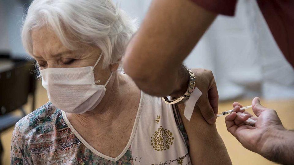 vacunacion mayores 20210331
