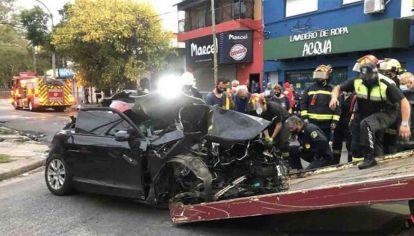 En Lanus, un conductor alcoholizado chocó en su Audi y dos hermanas murieron por el impacto.
