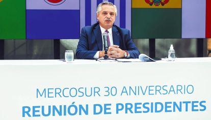 Anfitrión. Alberto Fernández usó su discurso de cierre para convertirlo en una diatriba.