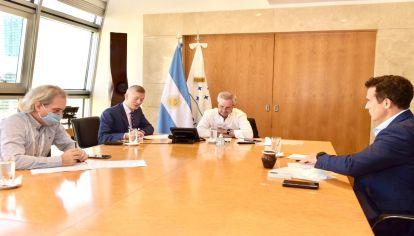 El canciller Felipe Solá conversó por primera vez con su par del gobierno de Joe Biden.