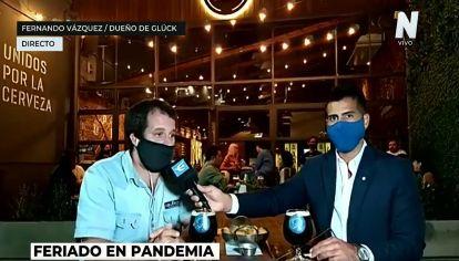 Martín Mena en el bar Glück