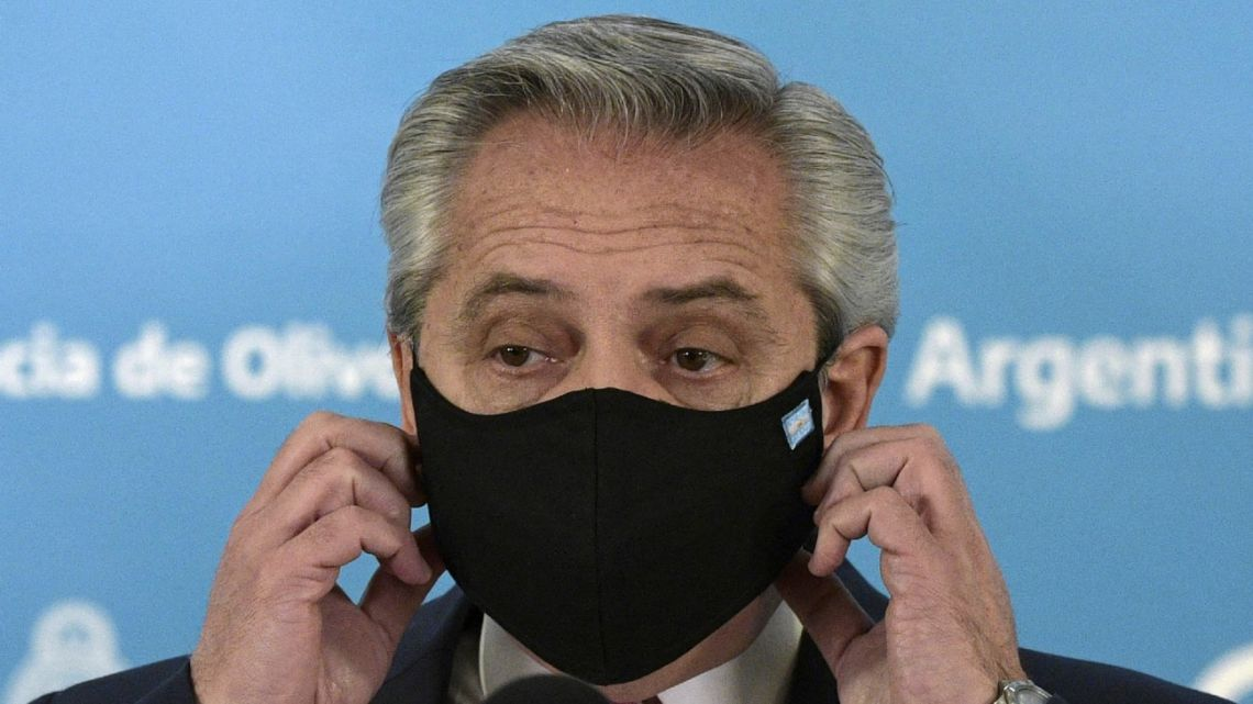 President Alberto Fernández, pictured with a face mask.