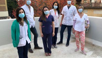 EQUIPO. Algunos de los profesionales encargados de las tareas de secuenciación de cepas de coronavirus.