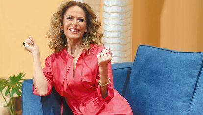 Hay equipo. Iliana Calabró debuta mañana por NET TV con Buen plan, de lunes a viernes. Su coequiper es Fabián Paz, especialista en moda y tendencias y quien lanzó la marca de calzado Valdez, con Guillermina Valdes.