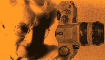 """La muestra """"Las metamorfosis. Travestis y transformistas en San Pablo en los años 70"""" rescata la obra de la artista brasileña Madalena Schwartz, un caso excepcional dentro de la fotografía latinoamericana."""