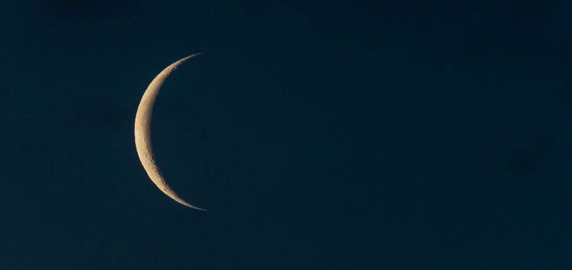 Luna de hoy en Acuario, así afecta a tu signo el lunes 5 de abril