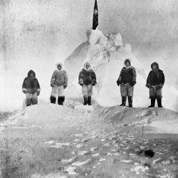 Henson aventajó en 45 minutos al jefe de la expedición, Robert Peary.