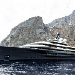 Obviamente estamos frente a un barco de lujo que fue pensado como un auténtico palacio sobre el agua.