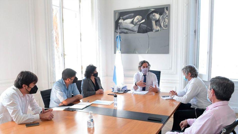 Reunión en Casa Rosada con Nicolás Kreplak, Carlos Bianco, Carla Vizzotti, Santiago Cafiero, Felipe Miguel y Fernán Quirós.