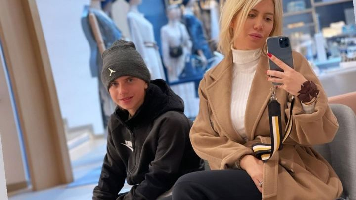 Valentino, el hijo de Wanda Nara dejó de seguirla en redes: su particular motivo
