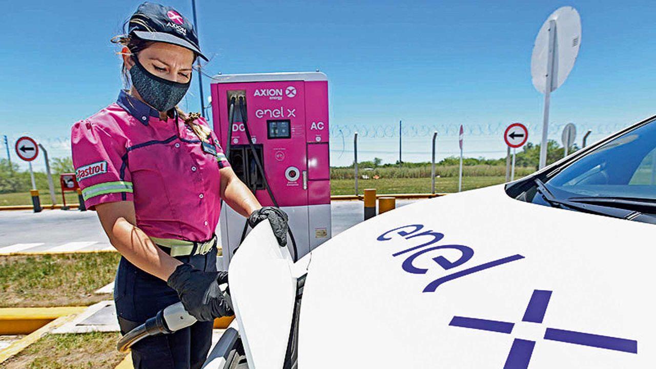 Avance de la electricidad en los autos | Foto:Enel