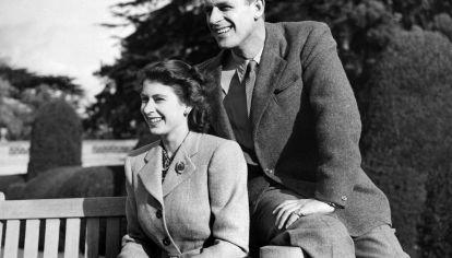73 años juntos: la historia de amor de la reina Isabel y Felipe de Edimburgo