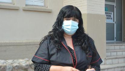 """PEDIDO. """"Necesitamos que la gente se cuide. Es importante que baje el número de contagios"""", remarcó Alejandra Álvarez."""