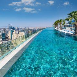 Addres Beach resort en Dubai y su pileta infinita más alta del mundo.